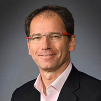 Photo of Dr. Stefan Kreuzer, MD