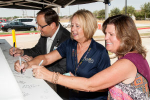Sugar Land Hospital signing of beam